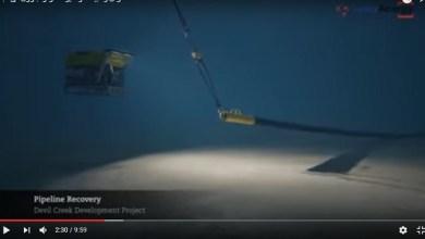 Photo of شاهد بالفيديو كيف يتم انزال وتركيب مواسير البترول والغاز فى أعماق البحر