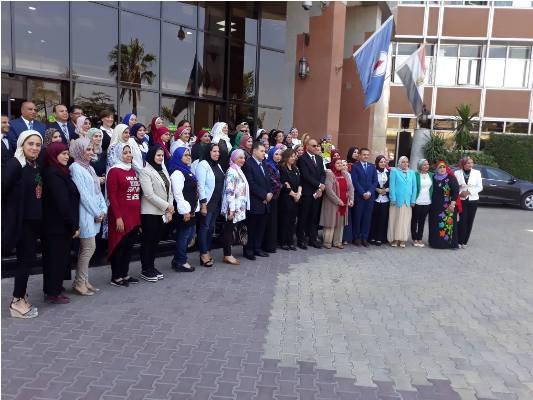 بالصور بترول بلاعيم تستضيف الاجتماع الثانى لأمانة المرأة بالنقابة العامة البترول (20)