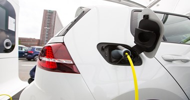 Photo of تقرير: صناعة السيارات الكهربائية تقود مستقبل النقل فى العالم