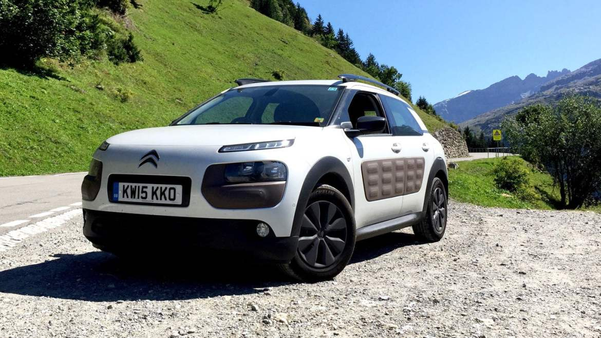 Citroen C4 Cactus on the Klausen Pass