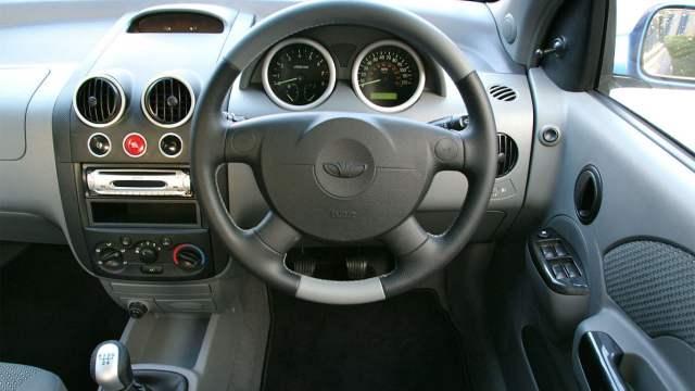 Daewoo Kalos Blue interior