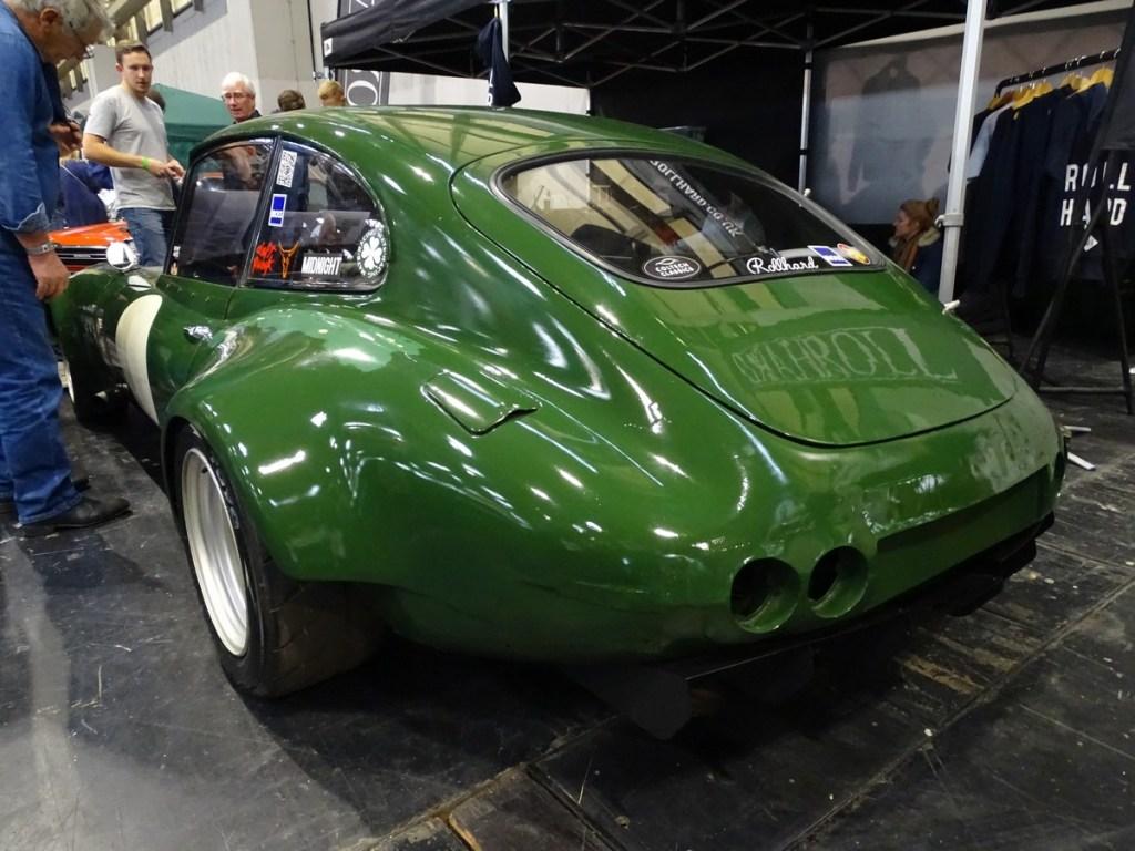Roll Hard Triple Rotor Jaguar E-Type