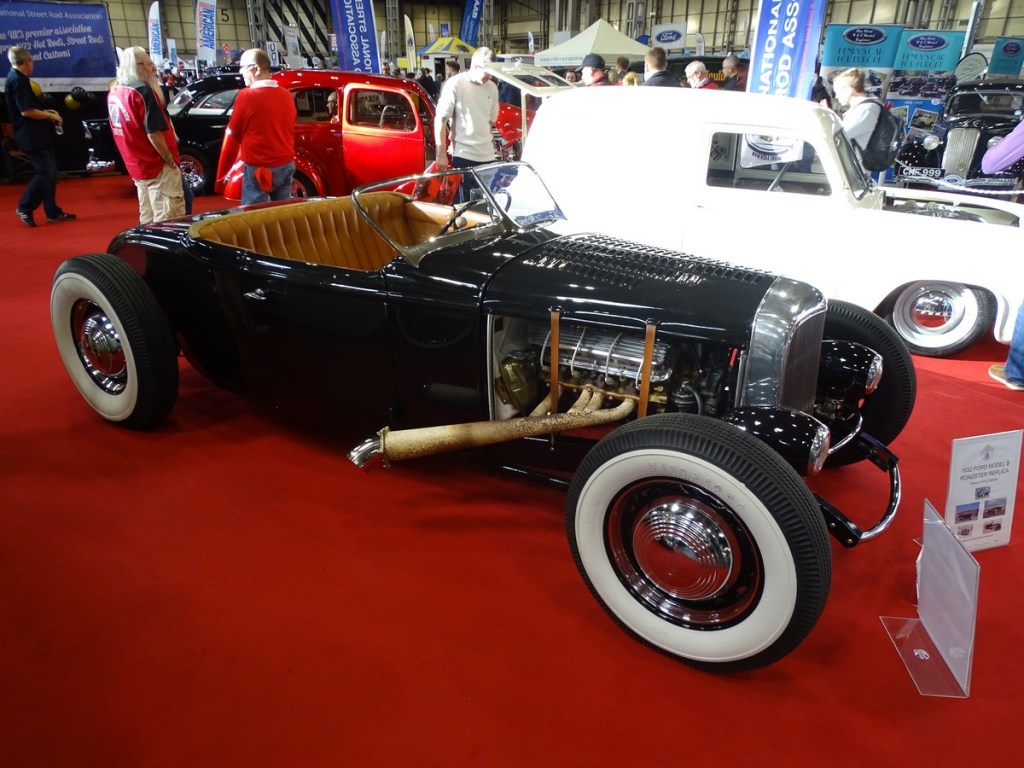 1932 Ford Model B Roadster Replica
