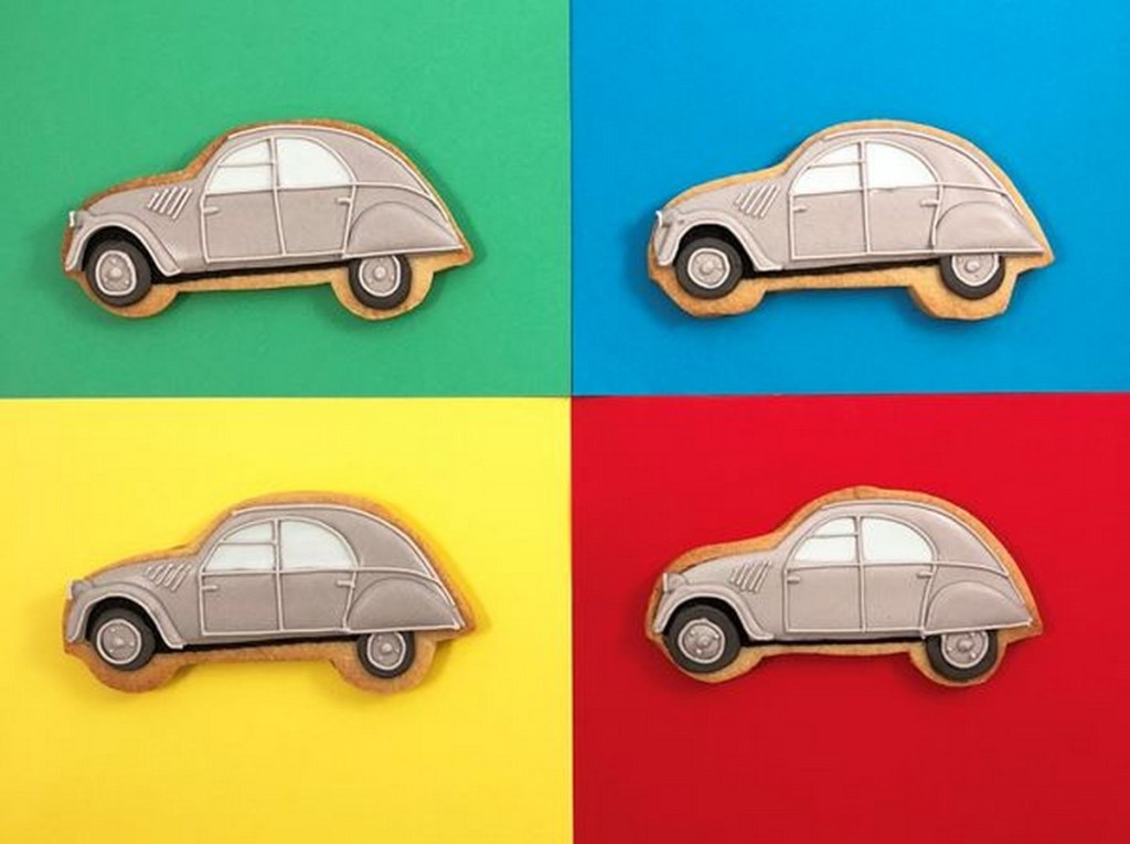 JS 2CV Dolly Biscuits