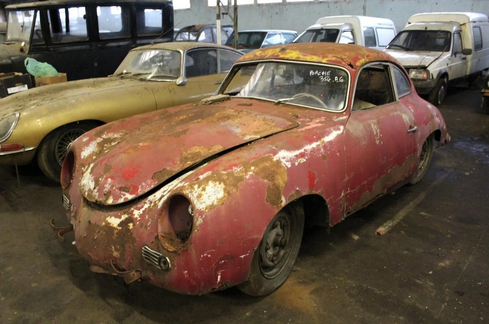 Porsche French barn find