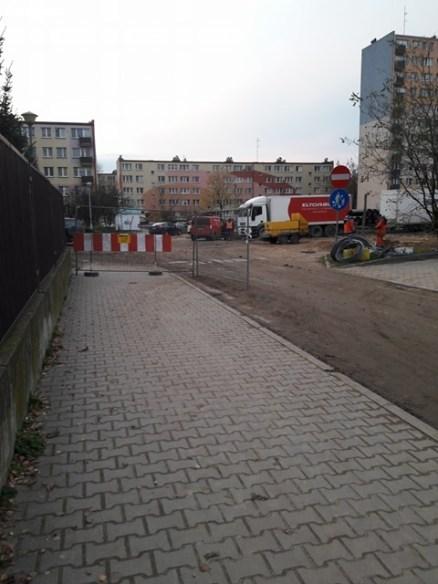 Teren budowy 14 listopada br.