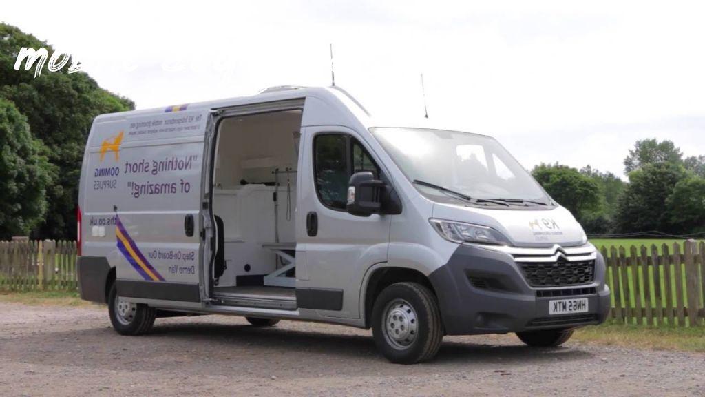 mobile dog grooming vans