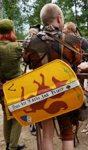 Kaspar von Luntz with shield. Portrait. Photo: Mårten Bydén