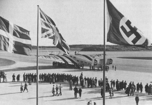 Bromma_flygplats_invigning_1936