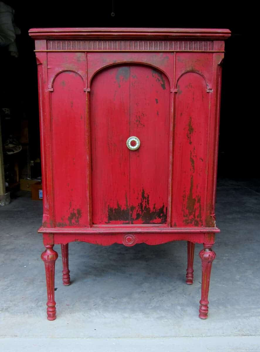 Red Milk Paint Tutorial With Step by Step Instructions