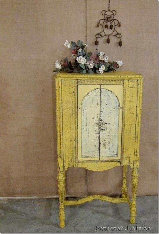 Miss Mustard Seeds Milk Paint furniture makeover