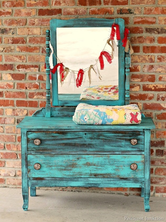 The Turquoise DrawerPetticoat Junktion