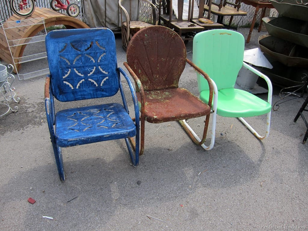 Aluminum Lawn Chairs Count The Chairs Nashville Flea Market Petticoat Junktion