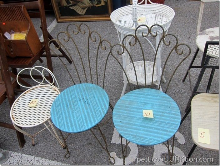fancy metal chair paint makeover
