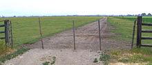 220px-wire_gate