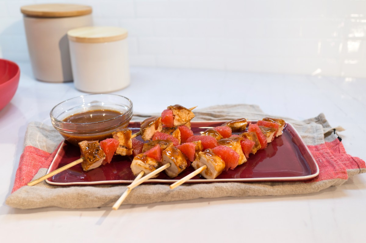 haylie duff- bbq chicken skewers