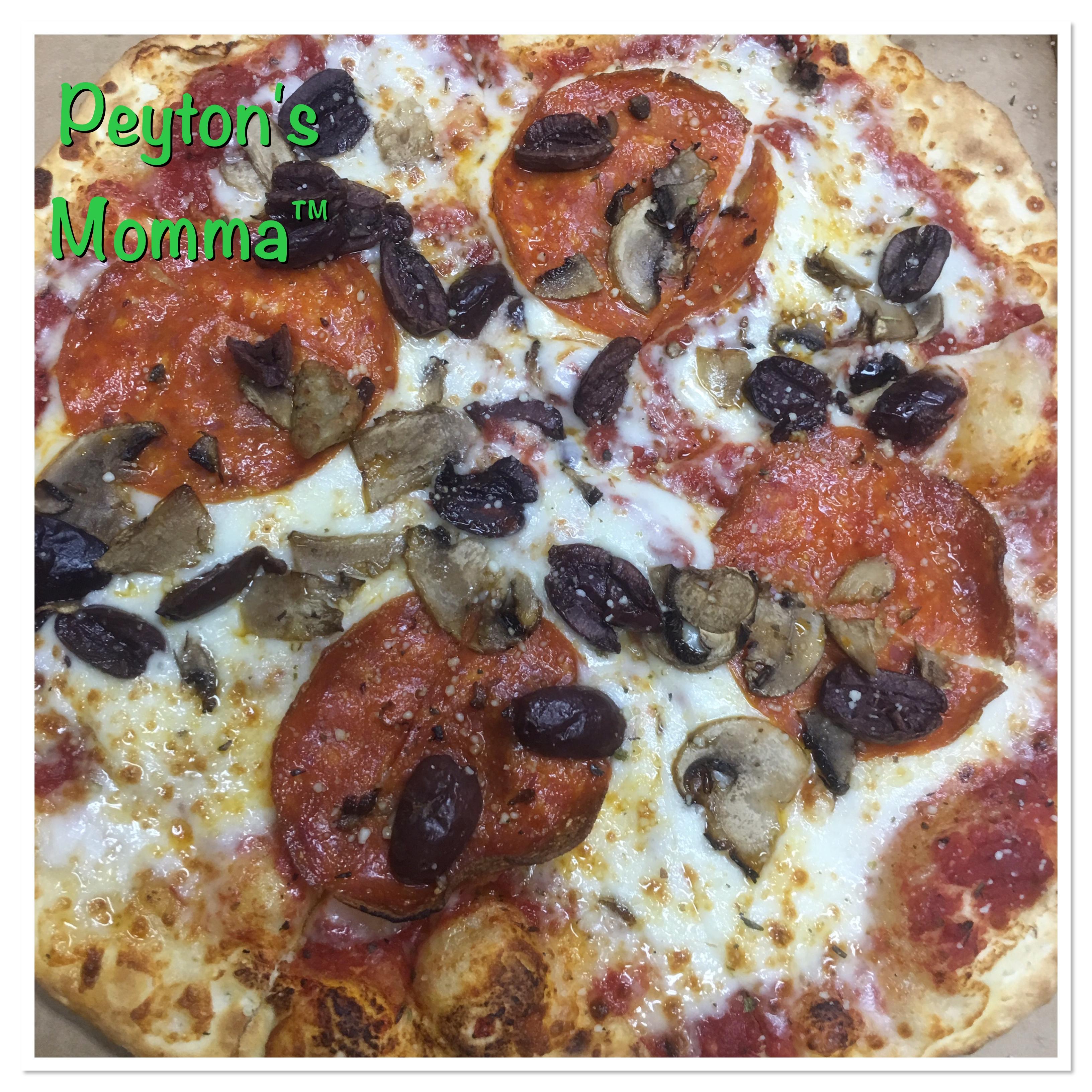 Pep Mushroom Olive Pie Five pizza