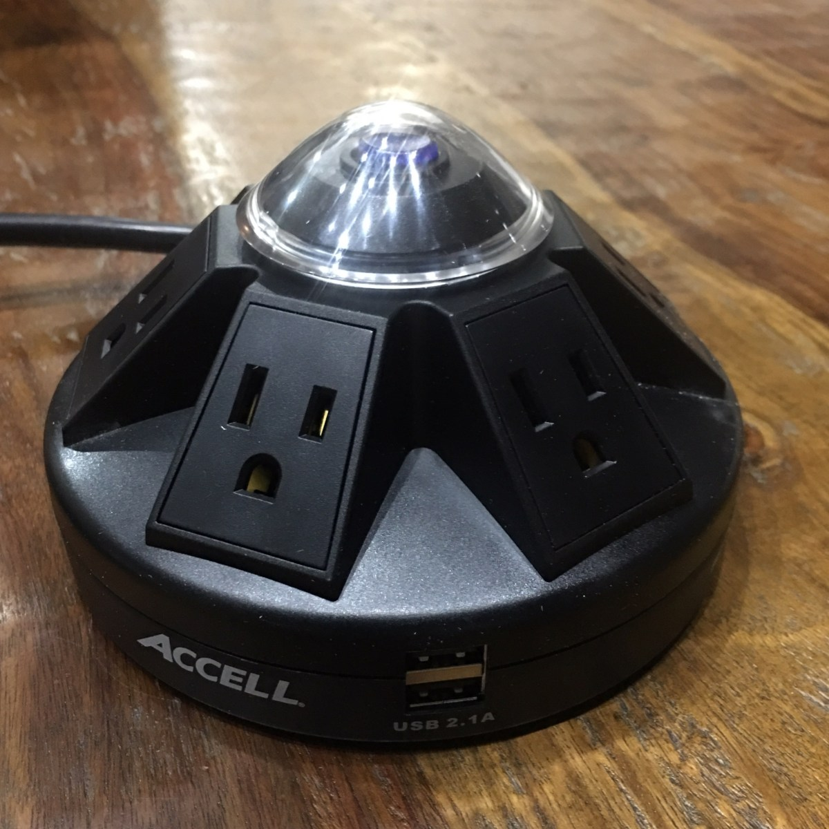 Accell Powramid 6 outlet 2 USB surge protector