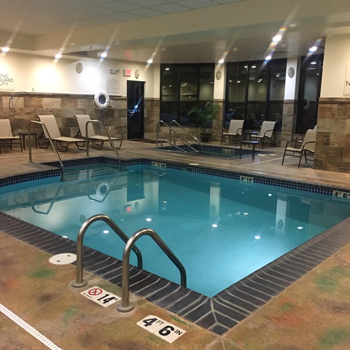 Hilton Garden Inn Pool and Hot Tub