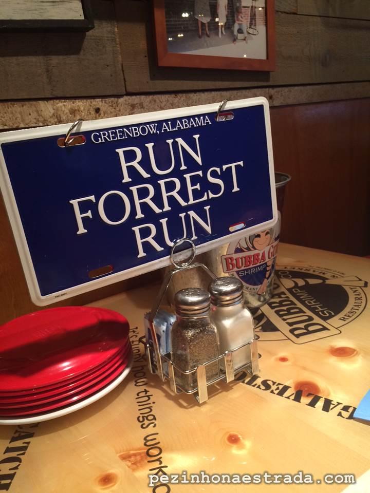 """Bubba Gump Shrimp Co.: para comer bem e lembrar do """"Forrest, Forrest Gump"""""""