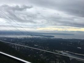 Vista linda de Vancouver. Imagina isso em dia de céu azul.