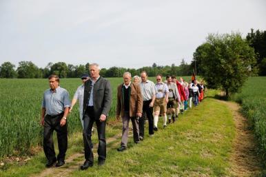 Die Schäftlarner auf dem Weg zum Kloster