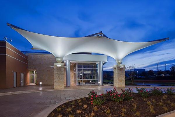 Hillcrest Baptist Medical Center | Covered Entryway