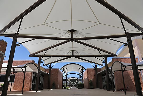 Texas School For The Blind And Visually Impaired | Covered Walkway