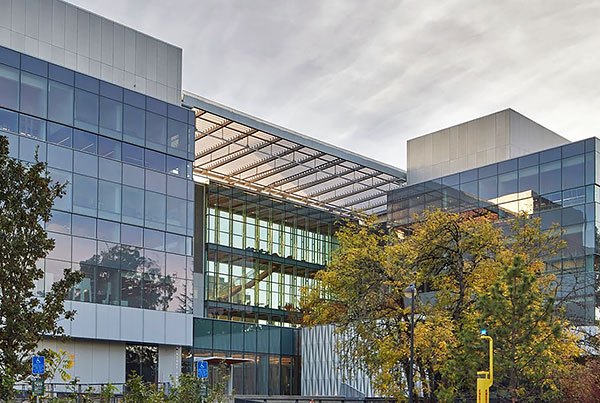 Phil and Penny Knight Campus for Accelerating Scientific Impact