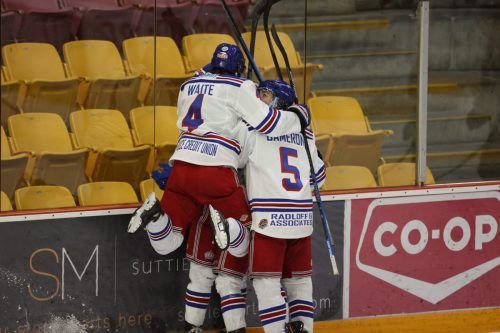 Spruce Kings down Chiefs 5-2