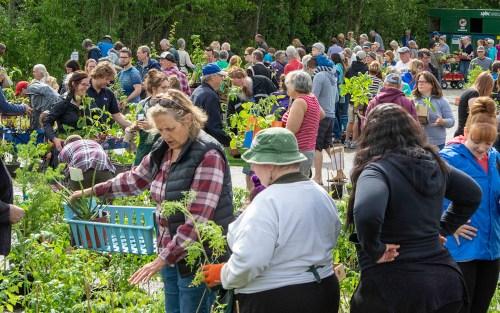 It's time to grow with the David Douglas Botanical Garden Society