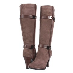 Comfortable and stylish Sofft Whitley boots.