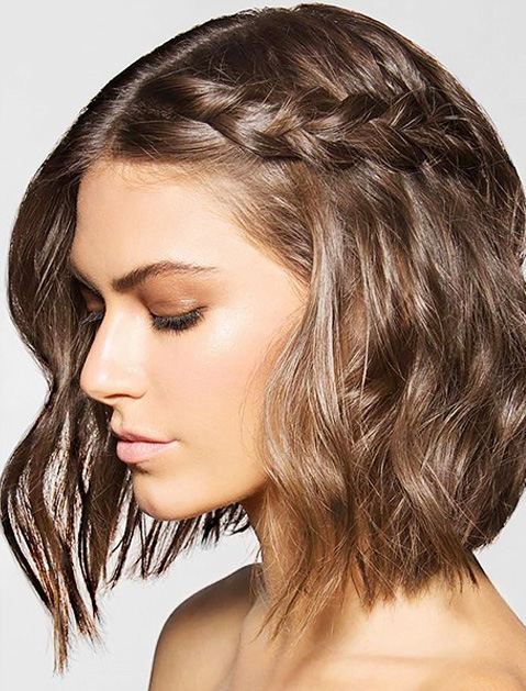 Gorgeous Holiday Hairstyles for a Grand Entrance
