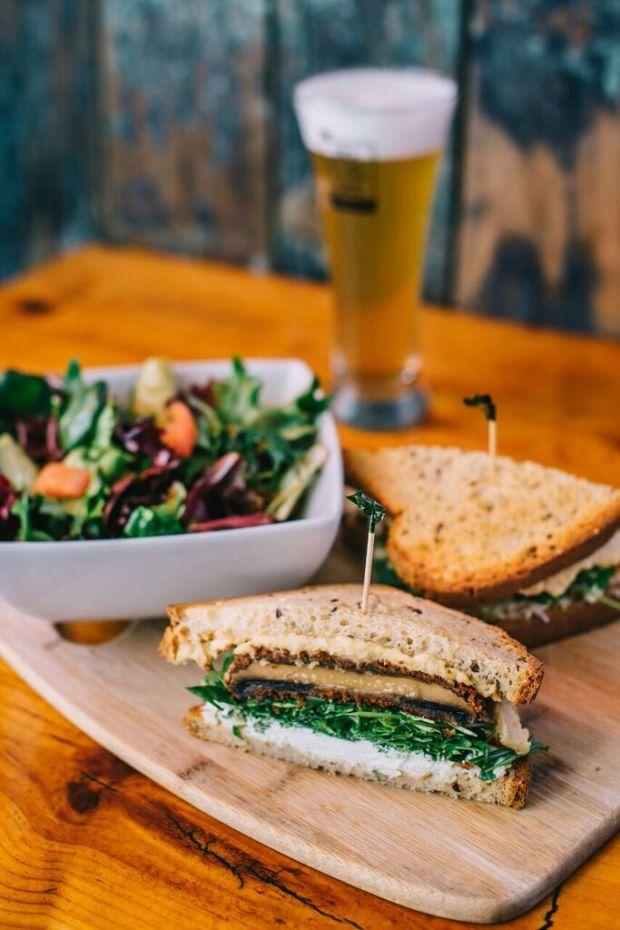 Spry Living Recipes|Portobello Mushroom Sandwich