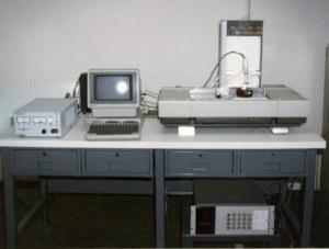 Den første 3d-printer i verden, SLA-1. Foto: Wikipedia