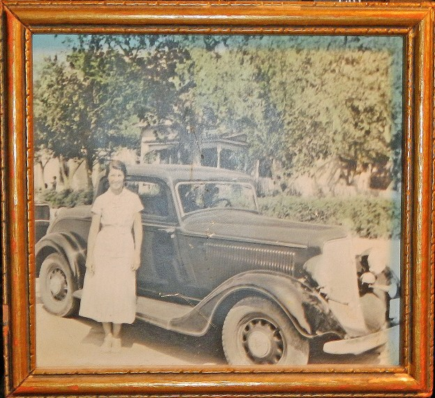 mom and dodge coupe