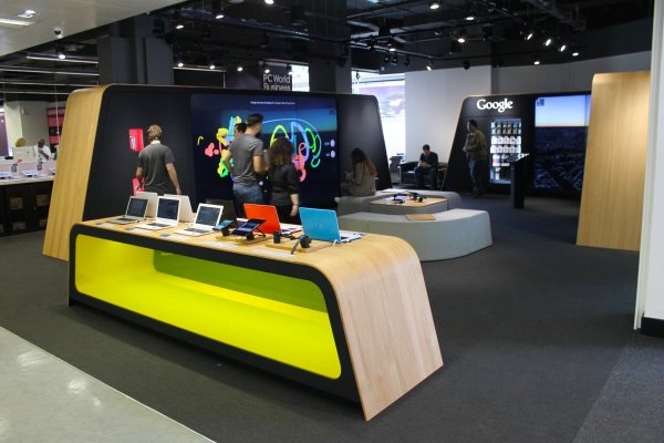 Google Retail Store Opens In London