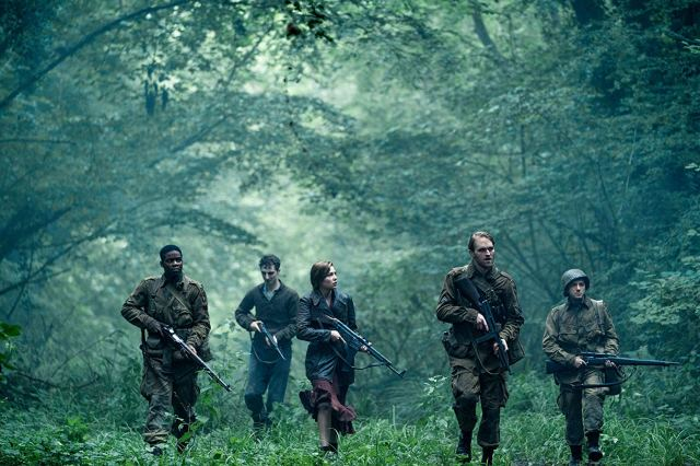 The cast of Overlord patrols the forrest.