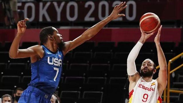 US reaches Olympic semis, tops Spain