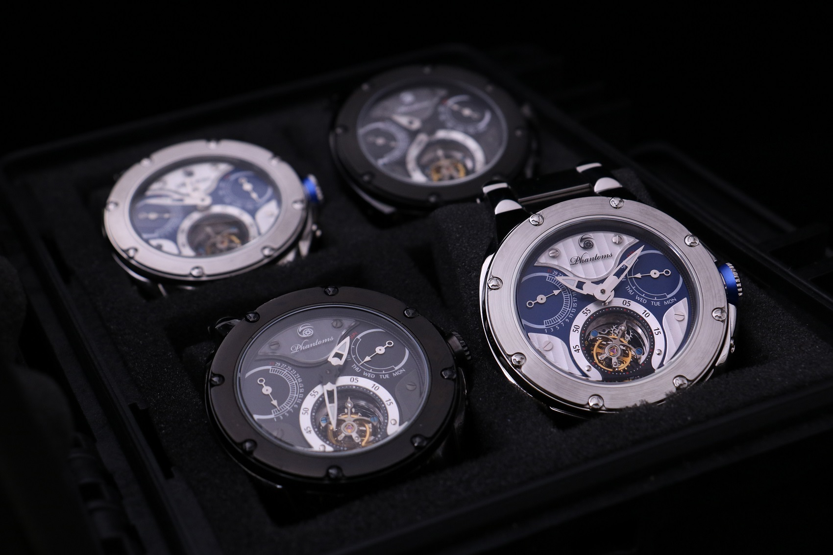 The World's First Mechanical Tourbillon Watch - Phantoms Dark Soul & Knights Soul On Kickstarter Are Successfully Funded.