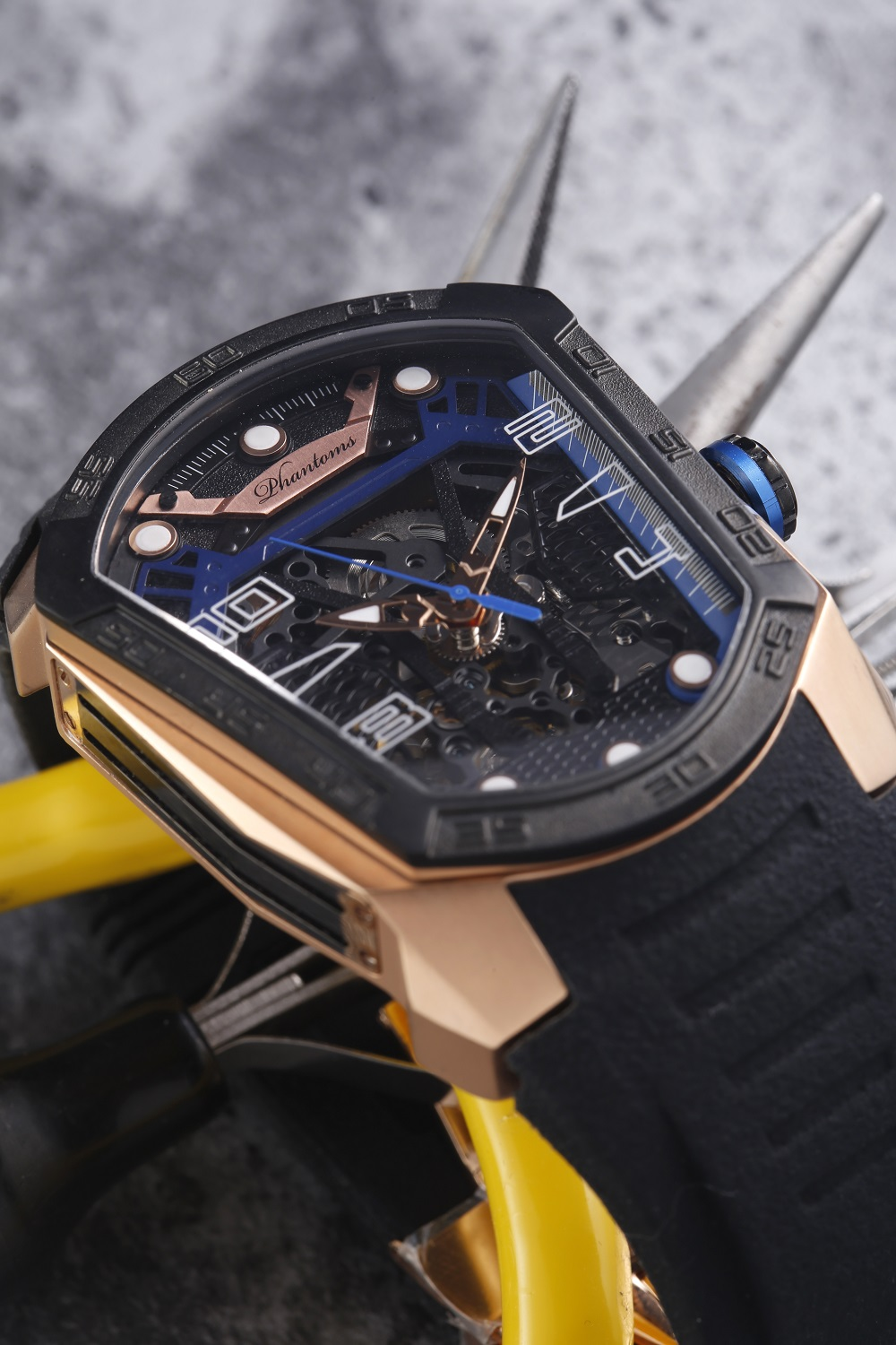 Royal Blade Futuristic Mechanical Skeleton Watch