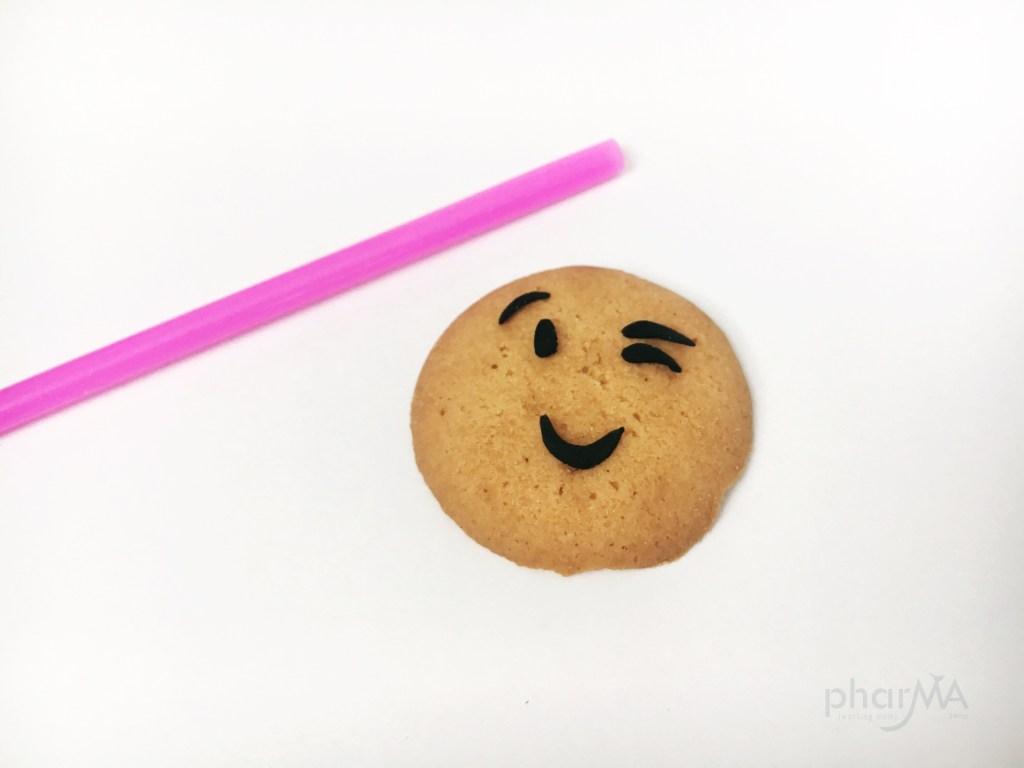 Emoji Party, Easy Emoji Cookies, DIY Emoji Crafts, Emoji Nilla Wafers