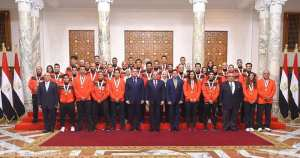 Press: The President salutes Squash.. Sherbini in See.News