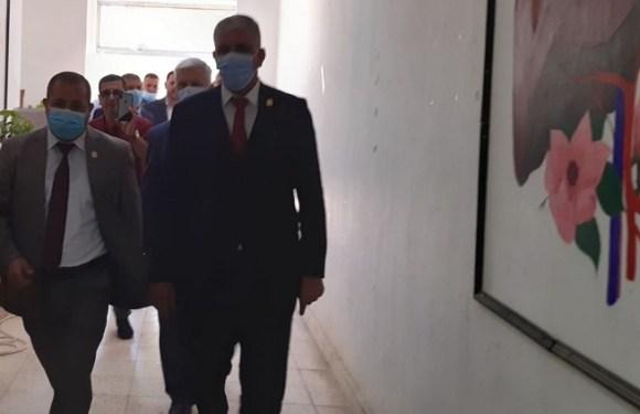 زيارة السيد رئيس جامعة كربلاء الى كلية الصيدلة