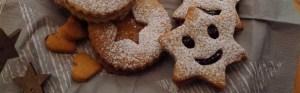 Teller mit Keksen zum Advent © Maja Christ