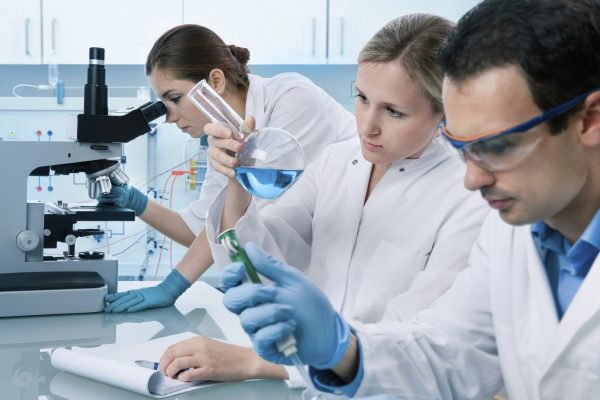 Steps-to-follow-for-a-successful-clinical-research-scientist-career
