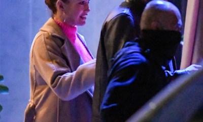 photos ben affleck and jennifer lopez seen looking very affectionate during dinner date