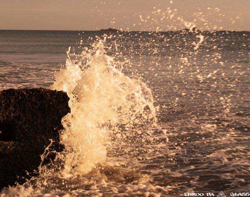 W,waves,freedom,ocean,beach,wednesday,abc,wordless,praveen,karnataka,bangalore,throo da looking glass