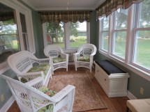 White Wicker Furniture Country Chatter