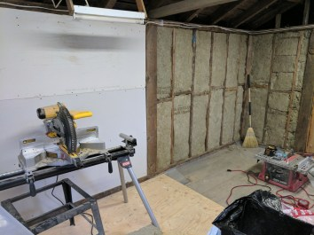 I then began working my way around the rest of the shop. The building is 15x12ft.